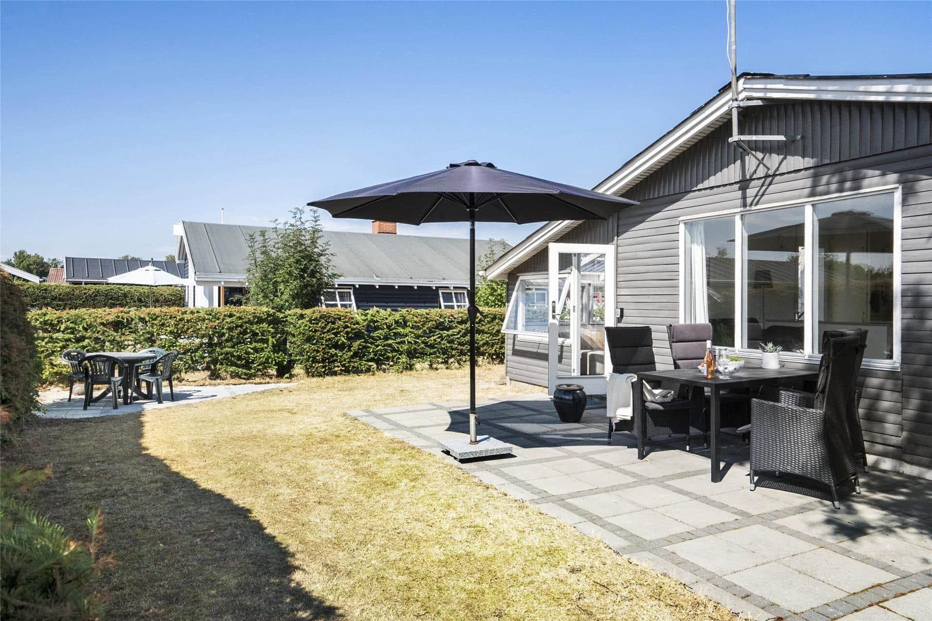 Billede 1-19 Sommerhus 40116, Mirabellevej 10, DK - 7130 Juelsminde