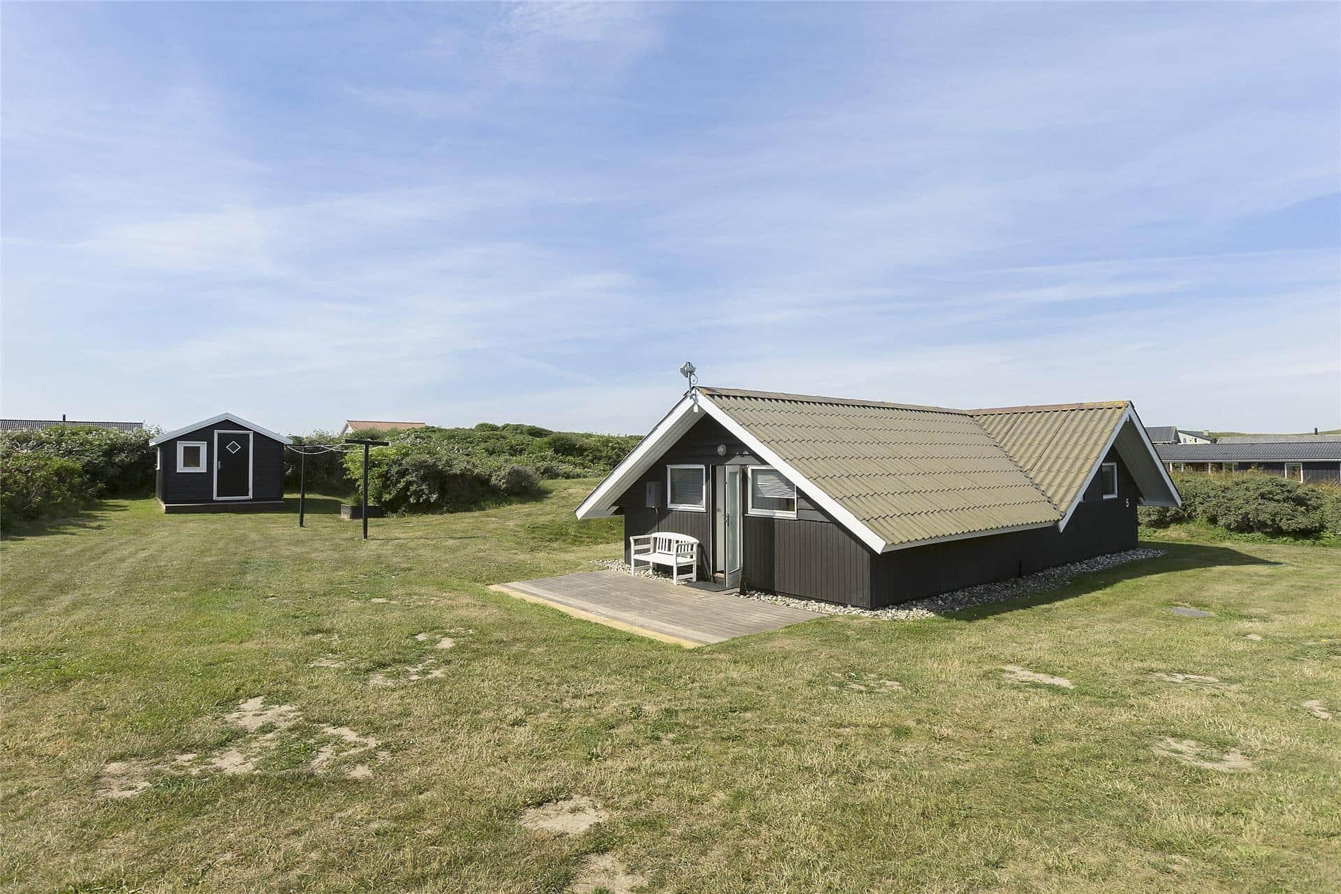 Billede 1-14 Sommerhus 107, Lyngbygårdsvej 5, DK - 9480 Løkken