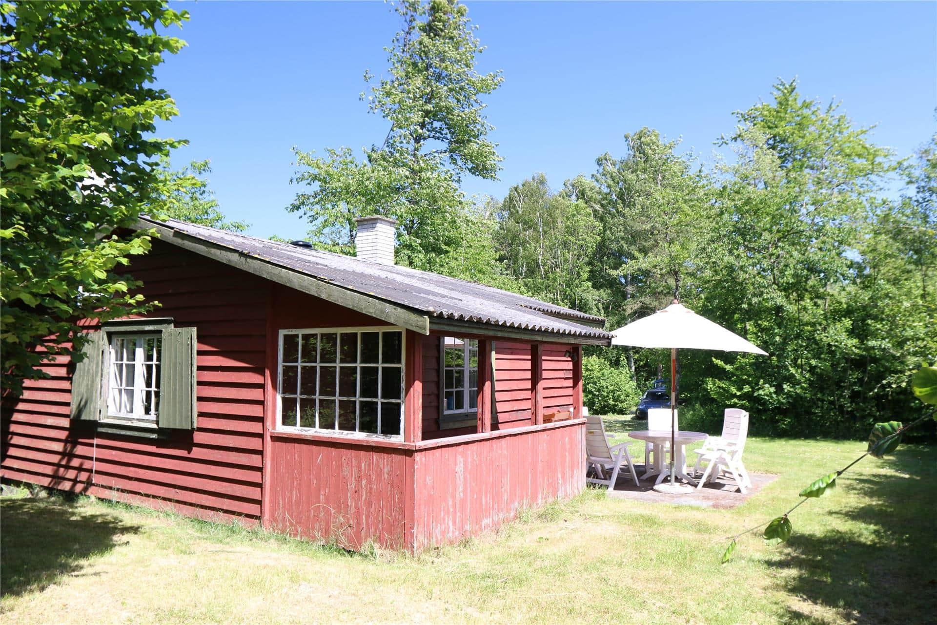 Billede 1-10 Sommerhus 1513, Boesvej 8, DK - 3720 Aakirkeby