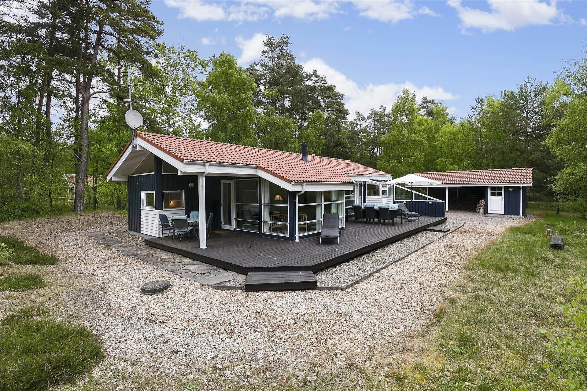 Billede 1-10 Sommerhus 2629, Munkegårdsskoven 28, DK - 3730 Nexø
