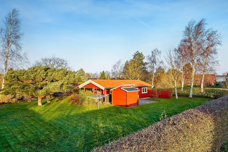 Billede 1-19 Sommerhus 40532, Pøt Strandby 69, DK - 7130 Juelsminde