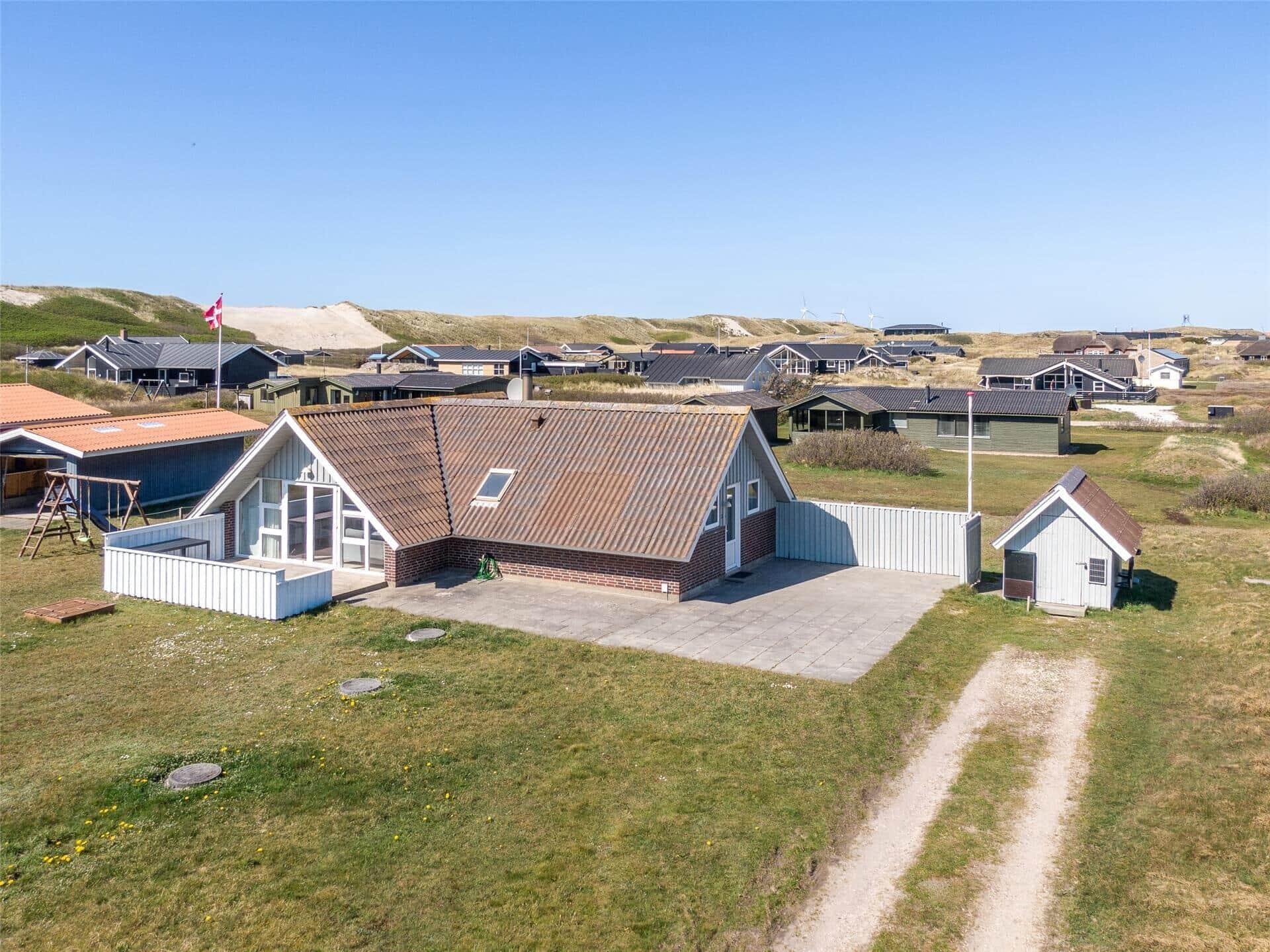 Billede 1-4 Sommerhus 452, Granvej 36, DK - 6960 Hvide Sande