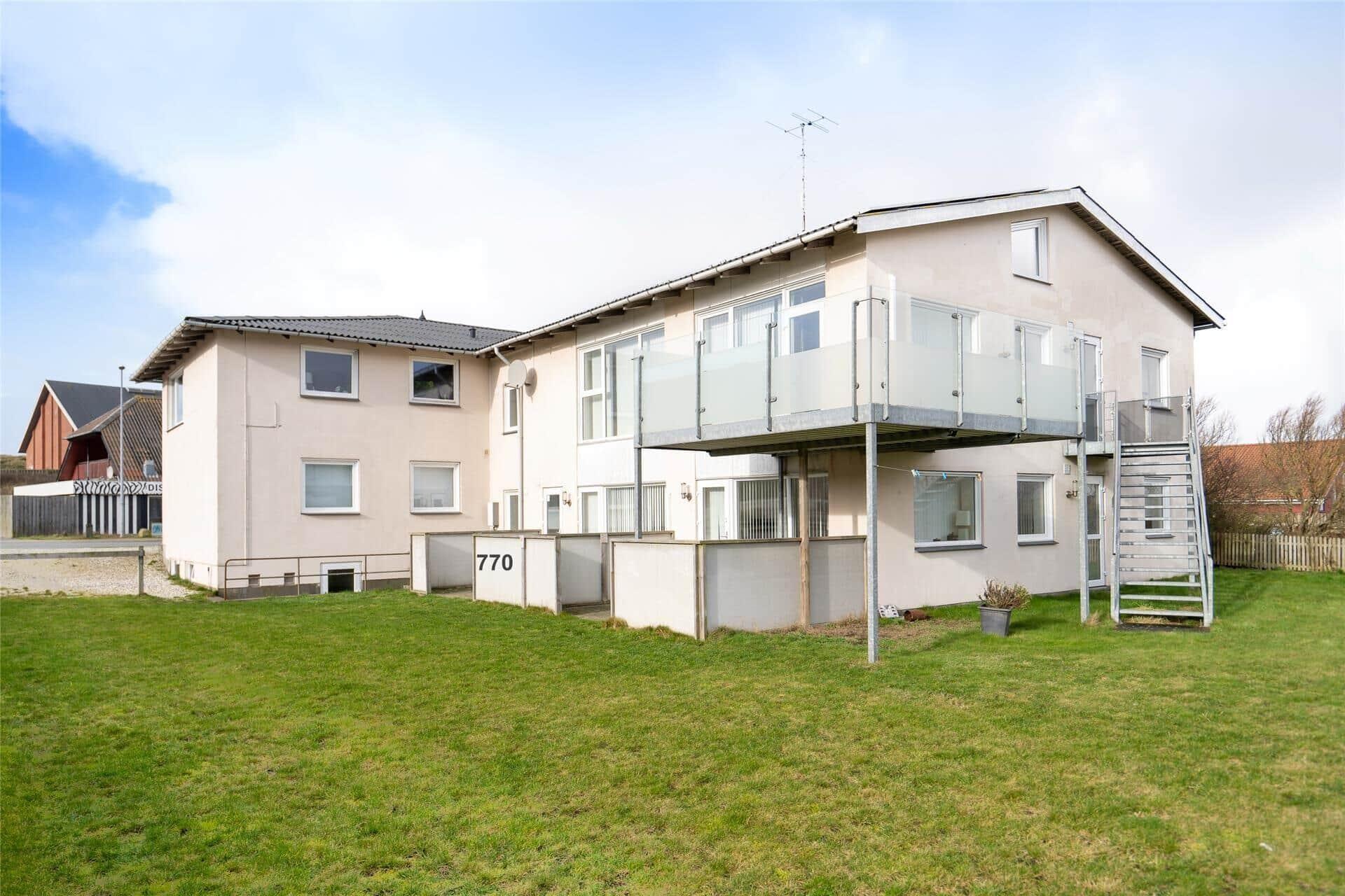 Billede 1-4 Sommerhus 770, Nørregade 4, DK - 6960 Hvide Sande