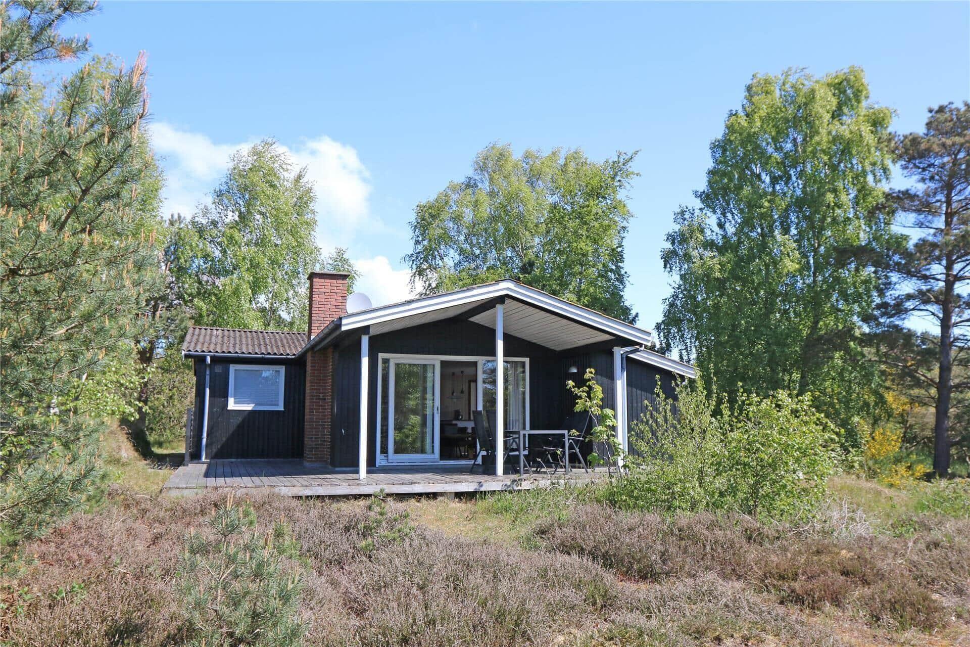 Billede 1-10 Sommerhus 1536, Søhøjbakken 18, DK - 3720 Aakirkeby