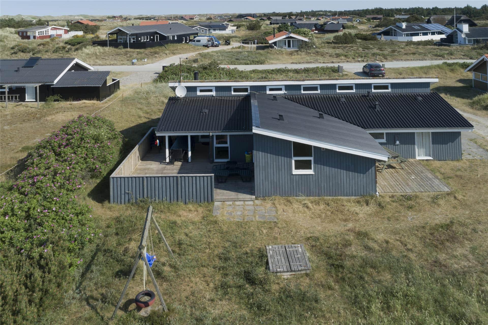 Billede 1-4 Sommerhus 641, Julianevej 13, DK - 6960 Hvide Sande