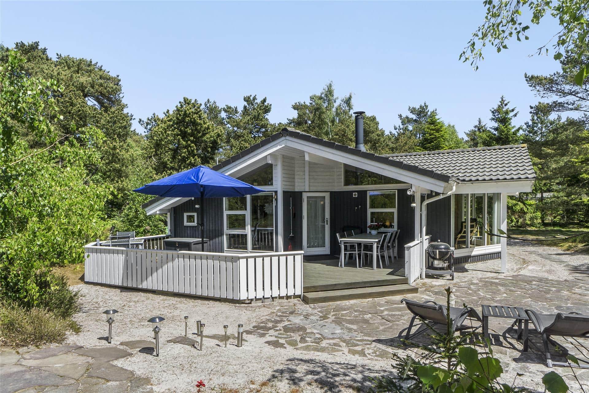 Billede 1-10 Sommerhus 3634, Hoddavej 4, DK - 3730 Nexø