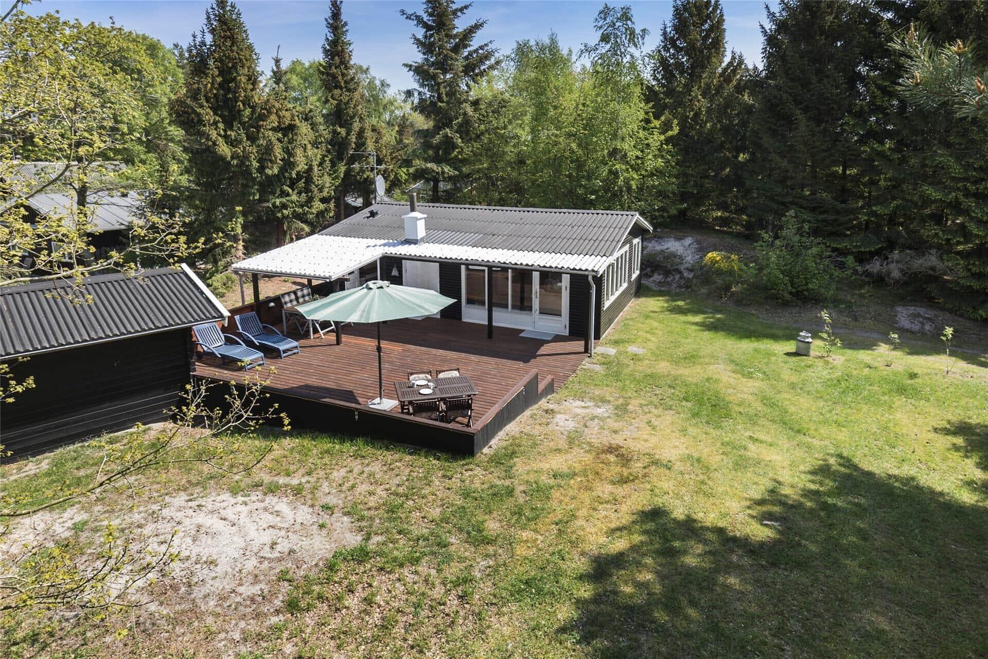 Billede 1-10 Sommerhus 1555, Ædjavejen 14, DK - 3720 Aakirkeby