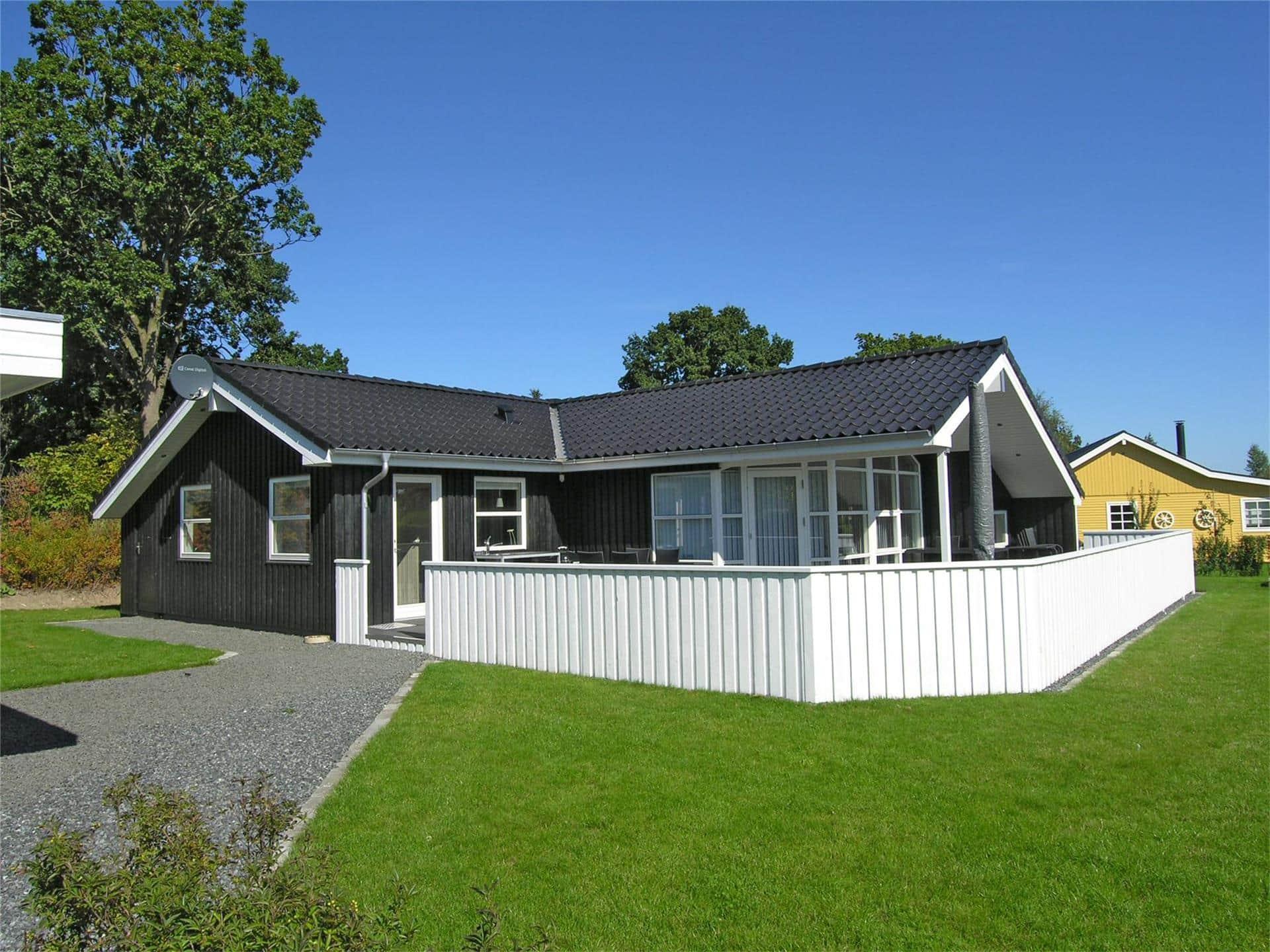 Billede 1-19 Sommerhus 30310, Violvej 18, DK - 8300 Odder