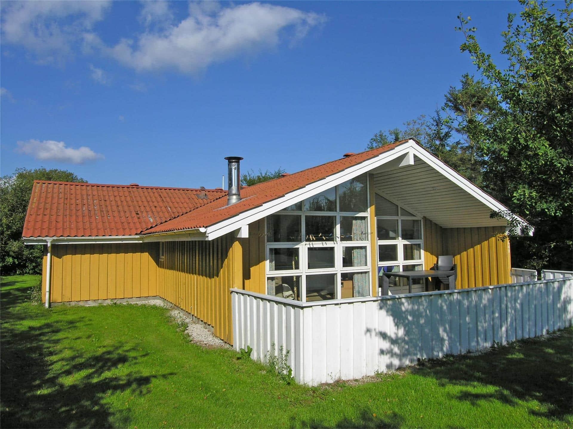 Billede 1-19 Sommerhus 40502, Pøt Strandby 187, DK - 7130 Juelsminde